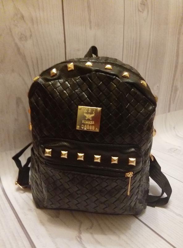 8e8d9db90710 Стильный рюкзак с заклепками, цена - 250 грн, #10322738, купить по ...
