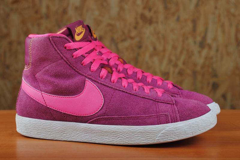 Розовые замшевые высокие кроссовки, кеды nike blazer (найк блейзер) 36,5  размер ... c335fa10e33