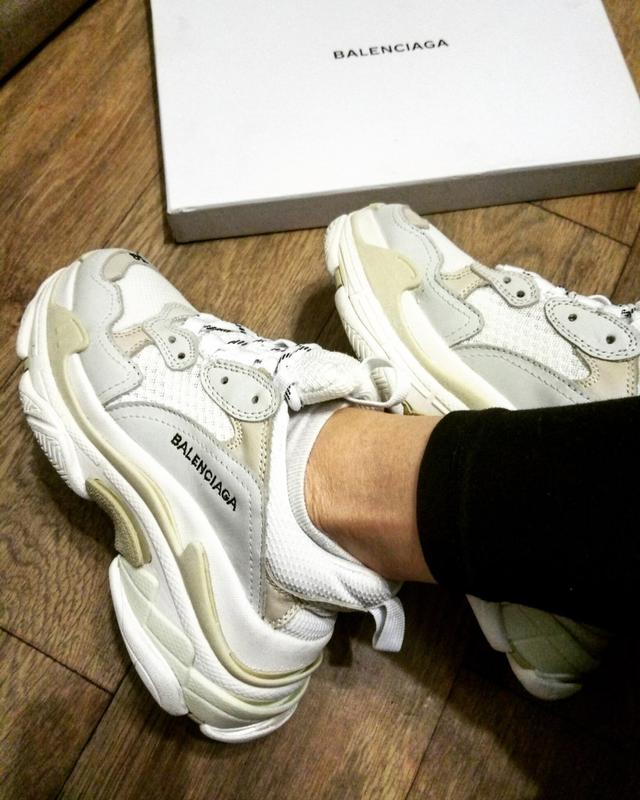 285452ebf19f Оригинал италия!кроссовки balenciaga triple s sneaker white leather speed  flat trainers1 фото ...