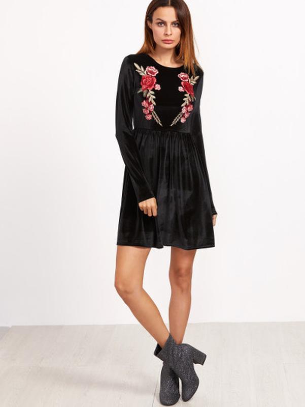 d28f247568326c Маленькое черное платье / вышивка розы / нашивка цветы / гольф / с длинными  рукавами1 фото ...
