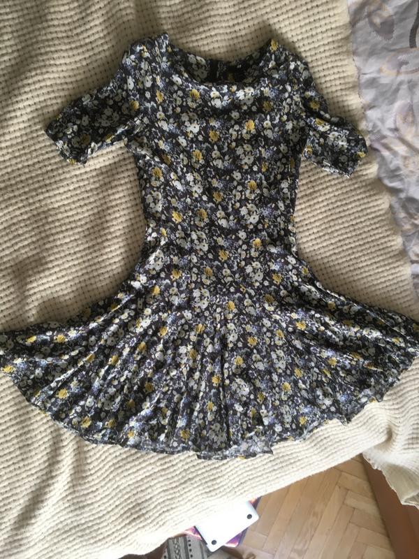 b501d413b97 Платье солнце- клёш цветочный принт h m1 ...