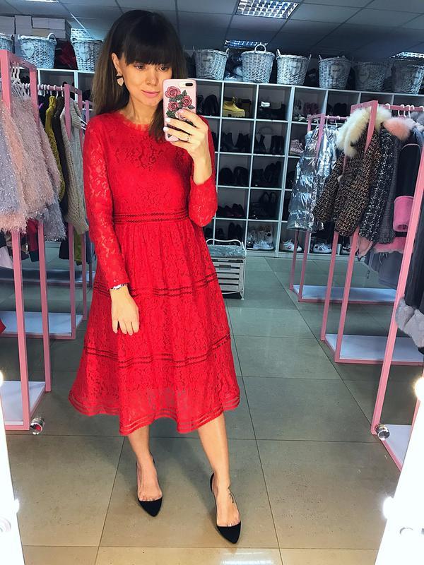 aa0ff56d333 Роскошное алое кружевное платье нарядное праздничное вечернее миди s ...