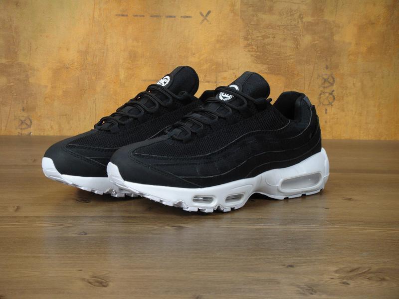 Мужские черные кроссовки с белой подошвой nike air max 95 43 44 45 рр1 ... 9718efcb66816