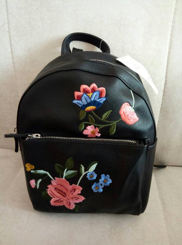 b6abf1ed0413 Модный рюкзак stradivarius с вышивкой! Stradivarius, цена - 450 грн ...