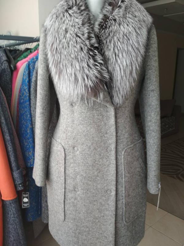 0b62f98c8e0 Шикарное шерстяное зимнее пальто с мехом чернобурки тм samange