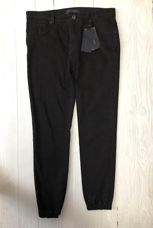 Чорні стильні джинси від zara ZARA 58c65d4160dc2