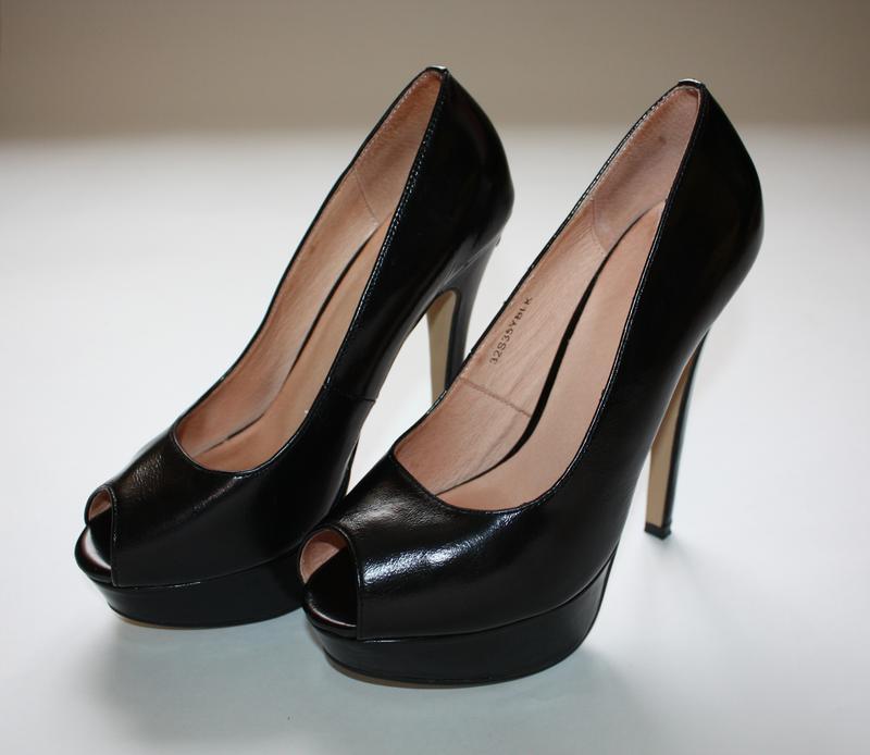 Кожаные туфли на платформе и высоком каблуке с открытым носком topshop 38  размера.1 ... 2129bc7a98903