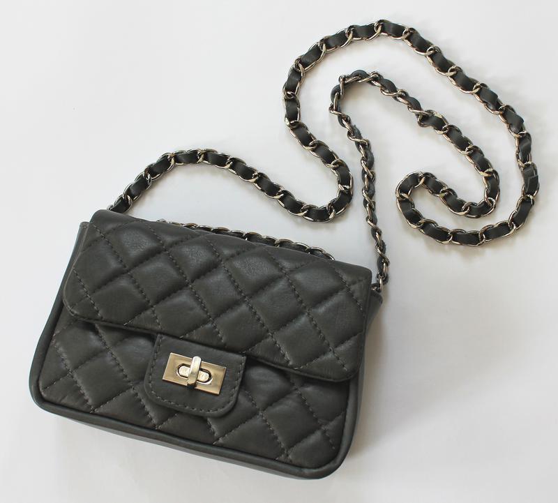 Стеганая темно-серая кожаная сумка в стиле шанель, италия1 ... 6296ca1bae7