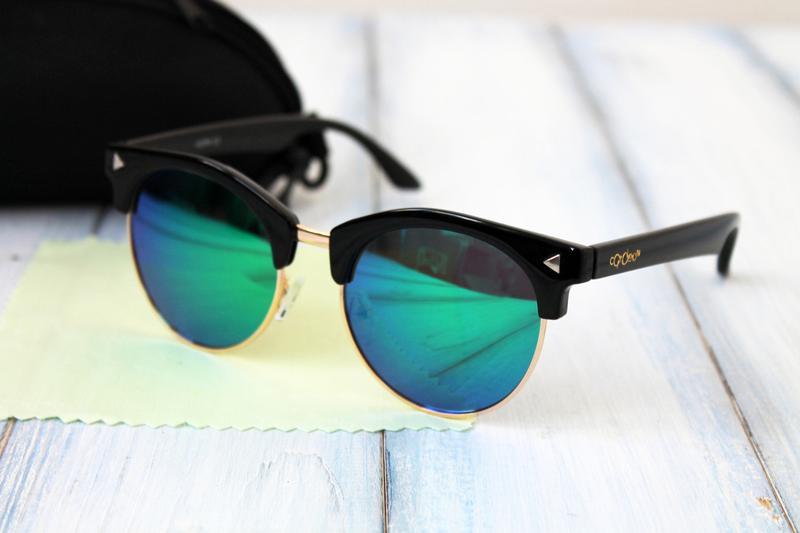 ca6183037d9a Женские солнцезащитные очки зеркальные в футляре, цена - 250 грн ...