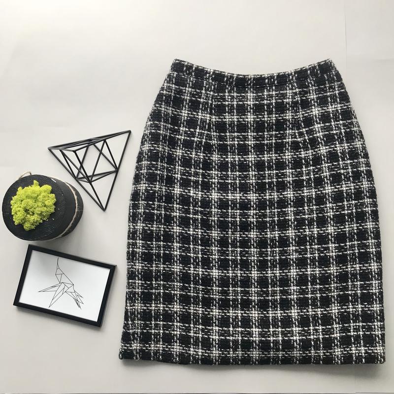 0621cf52b8a7 Чёрно белая твидовая юбка zara тёплая юбка в клетку миди карандаш1 ...