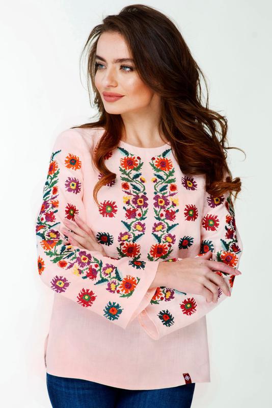 e989f43336ef18 Вишиванка жіноча вишита сорочка персикового кольору, цена - 1199 грн ...