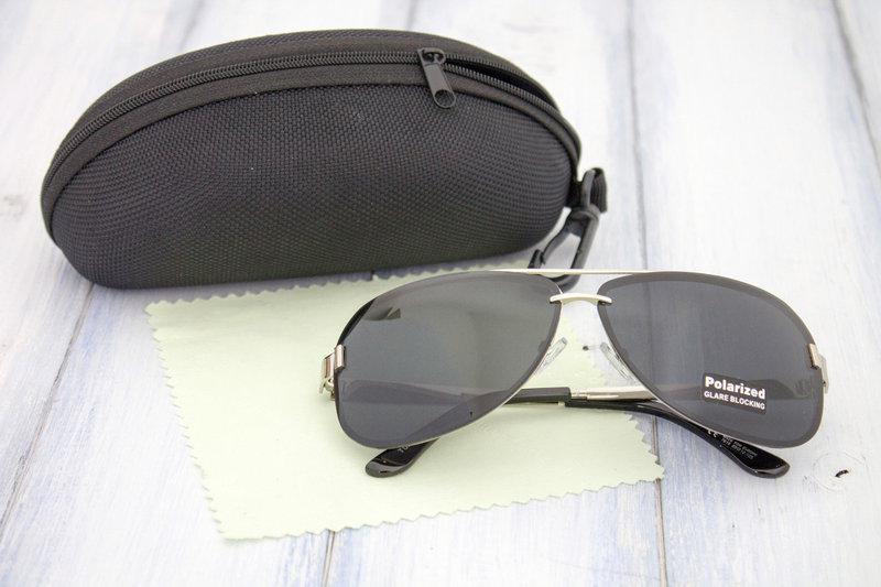 Мужские солнцезащитные очки polarized в футляре1 ... fa705e14633fd