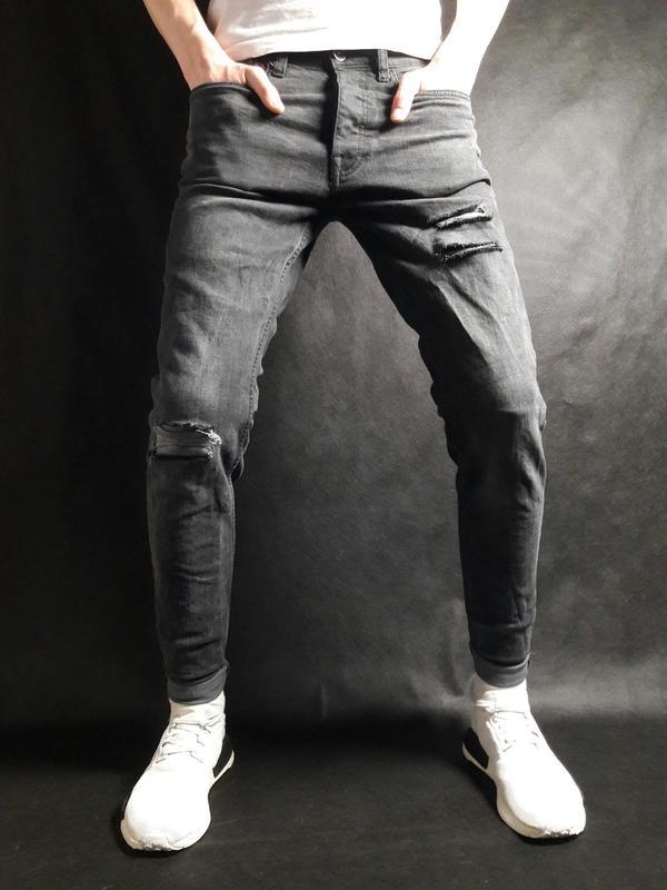 77ed6e44b98 Мужские черные зауженные джинсы f f 30х321 фото