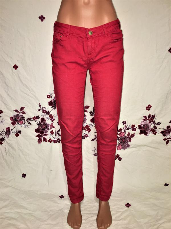 fe53e9acf38 Bershka bsk красные классические джинсы дудочки базовые скинни слим ...