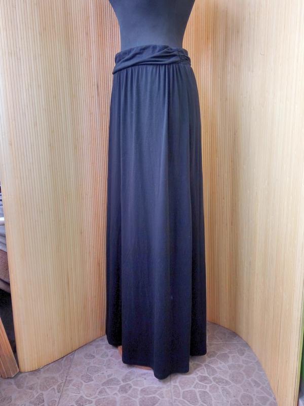 9bd9519e0b5 Чёрная трикотажная юбка макси с поясом резинкой1 ...