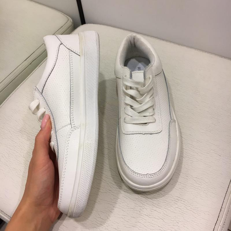 Белые кожаные кроссовки reserved. натуральная кожа. белые кожаные кеды. 66442f61514