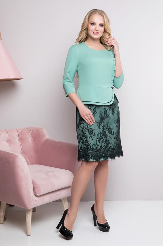 40181aa9178b322 ... Элегантные платья миди с гипюром батальных размеров,больших размеров2  фото ...