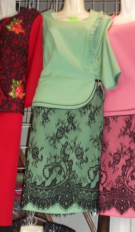 27df5538c6fe4cd ... Элегантные платья миди с гипюром батальных размеров,больших размеров5  фото