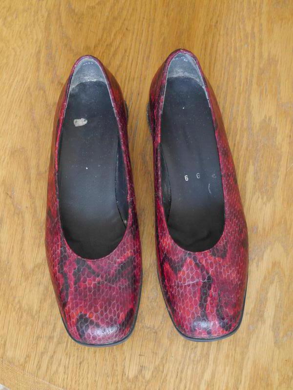 Туфлі шкіряні рептилія червоні розмір 6 на 39 стелька 25 02629e6a729b1
