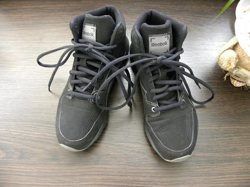 Суперские кроссовки для девочки или девушки от reebok. Reebok b5fe36ee33e81