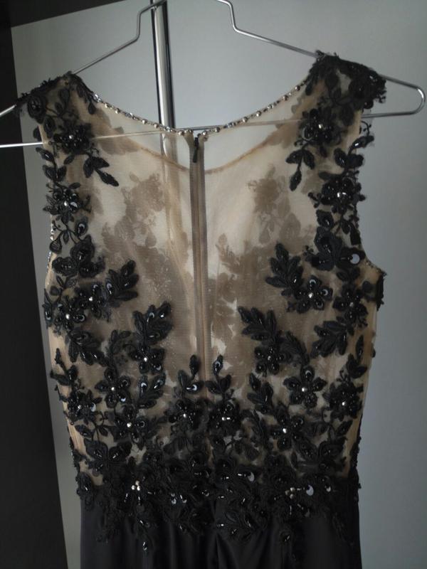 dfee5827b5478cb Черное вечернее платье с вышивкой и разрезом на ноге, цена - 5000 ...