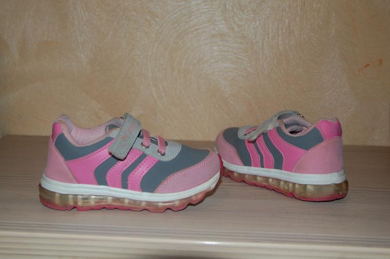 93216b7de9f0 Красивые кроссовки девочке, 26р 16 см стелька за 150 грн.