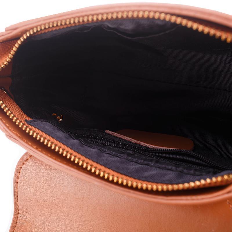 e8c18774670d ... Стильная кожаная женская светло-коричневая сумка кроссбоди ремешок  цепочка ручная работа4 фото