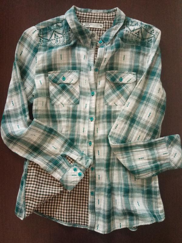 837a7620b62 Трендовая рубашка в клетку на подкладке