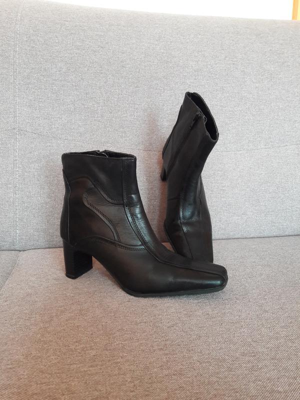 73aed99f39f7 Отличные кожаные сапоги ботинки известного бренда janet d германия1 ...