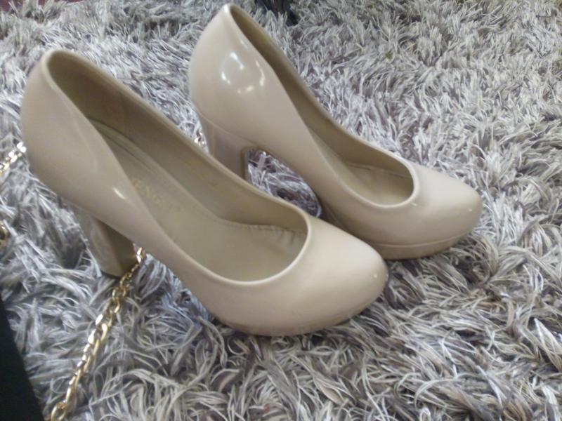 Бежеві туфлі c10469a3417eb