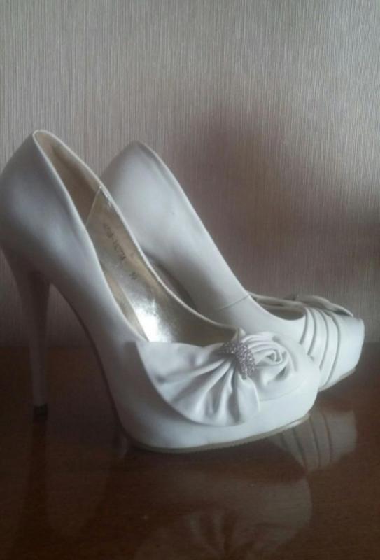 Белые праздничные туфли   свадебные туфли цвета айвери1 ... f5b3f7f13e8df