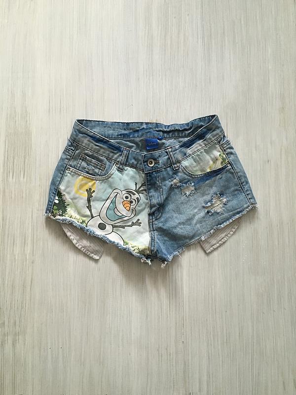 Стильные джинсовые шорты с рисунком Disney 239125716164f