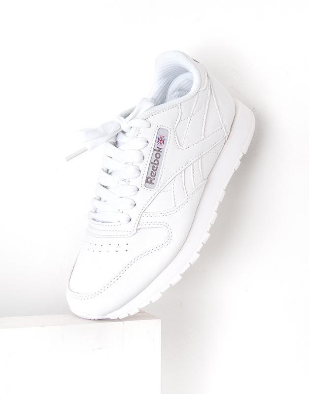 Женские белые кожаные кроссовки reebok classic Reebok b698798d32f15