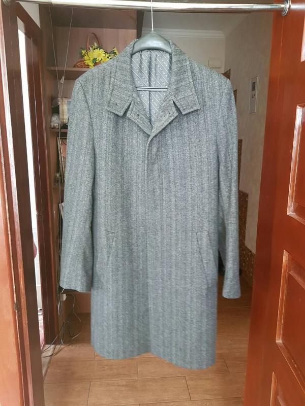 Чоловіче класичне сіре пальто1  Чоловіче класичне сіре пальто2 ... 134da32ddb0ff