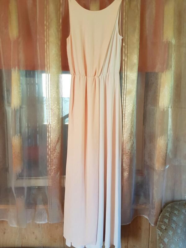 0fc1df406f7 Длинное платье с открытой спиной нежно персикового цвета vila clothes1 ...