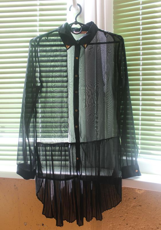 6a20546fa21 Черная прозрачная блузка со шлейфом1 ...