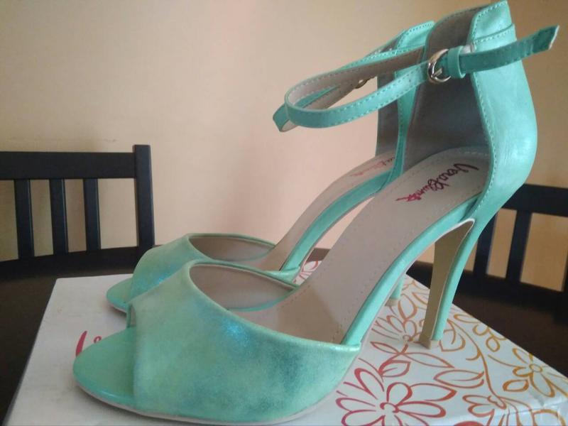 33b8c82e0e44 Босоножки туфли мятного цвета на випускной (Vera Mont) за 350 грн.