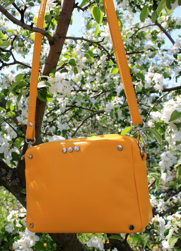 bac9c868ed4e Желтая итальянская кожаная сумка (vera pelle), италия Vera Pelle ...