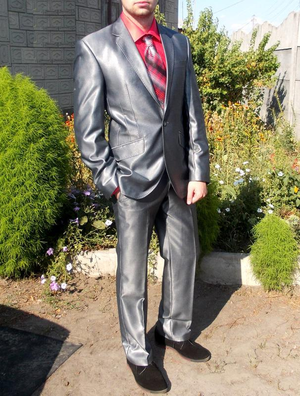 524ecdba6556 Мужской деловой костюм серый металлик свадебный выпускной, цена ...