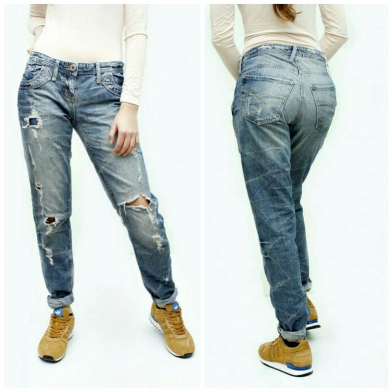 Классныу дырки на джинсах