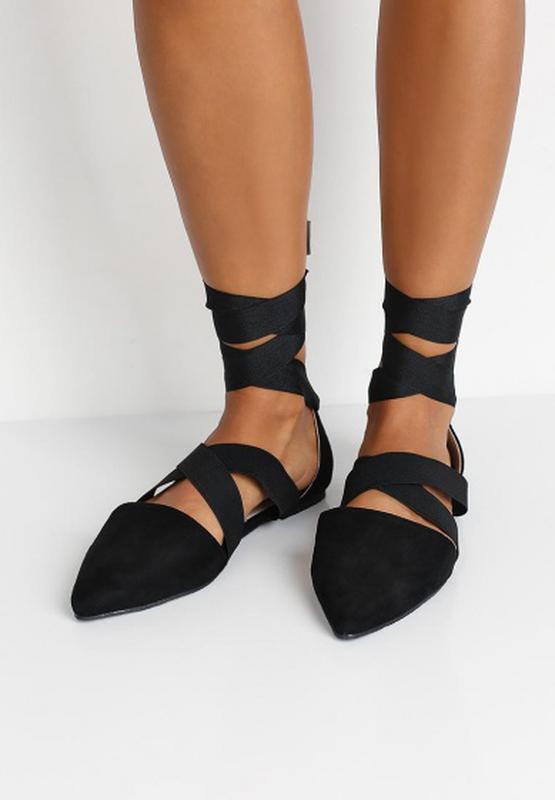cca1c23c1702 Летние туфли с острым носом на плоской подошве с лентами вокруг ноги  балетки (ASOS) ...