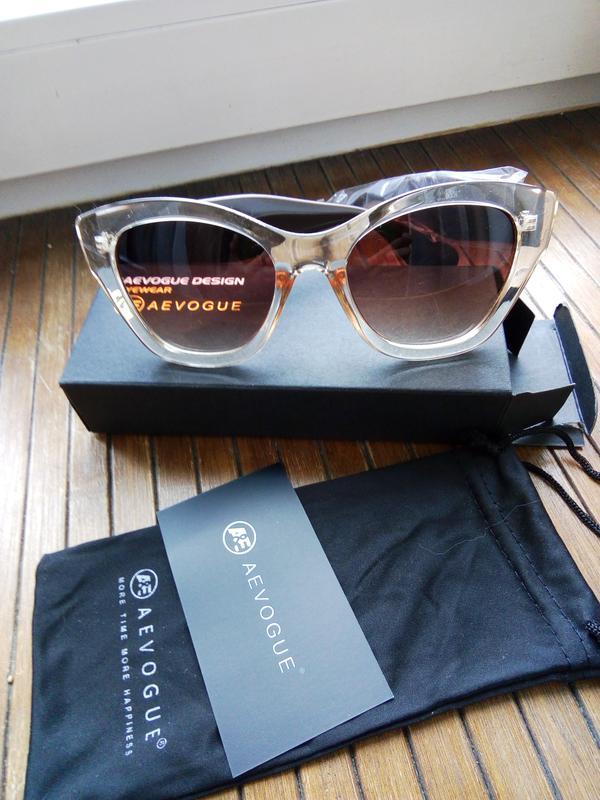 Сонцезахісні окуляри1  Сонцезахісні окуляри2 ... 96edecd6b0b4d