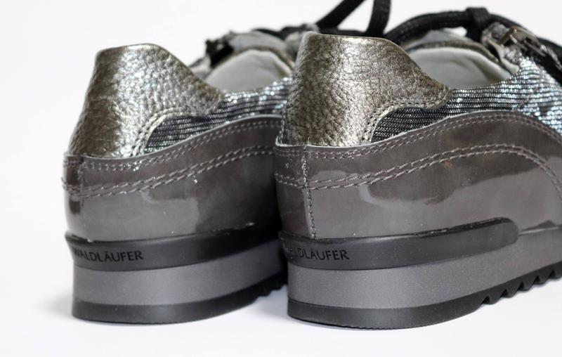 Zedzzz Mens Boxed Slip On Faux Leather Twin Gusset Slippers Shoes Size 6-14