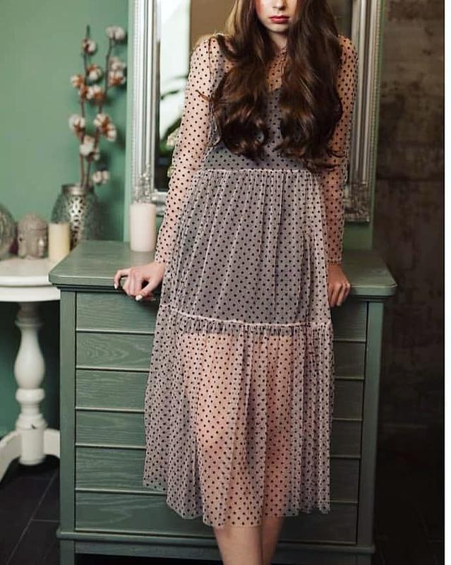 673a6a038a2 Трендовое двойное платье сетка в горох горошек длинное пудровое розовое  черное1 фото ...