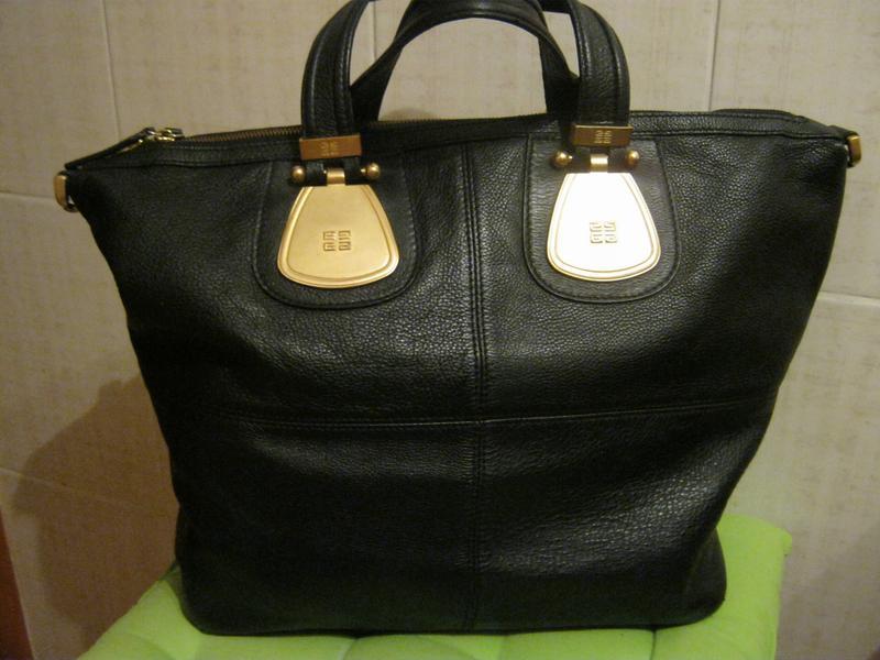 0a1f7776857e Givenchy.франция. нат. кожа. огромная сумка шоппер!дешево! Givenchy ...