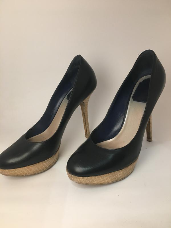 80de58991 Оригинал dior чёрные кожаные туфли на платформе Christian Dior, цена ...