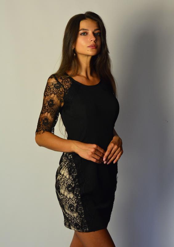 915fd32c979 Шикарное платье футляр с вставками с кружева и кружевными рукавами1 фото ...