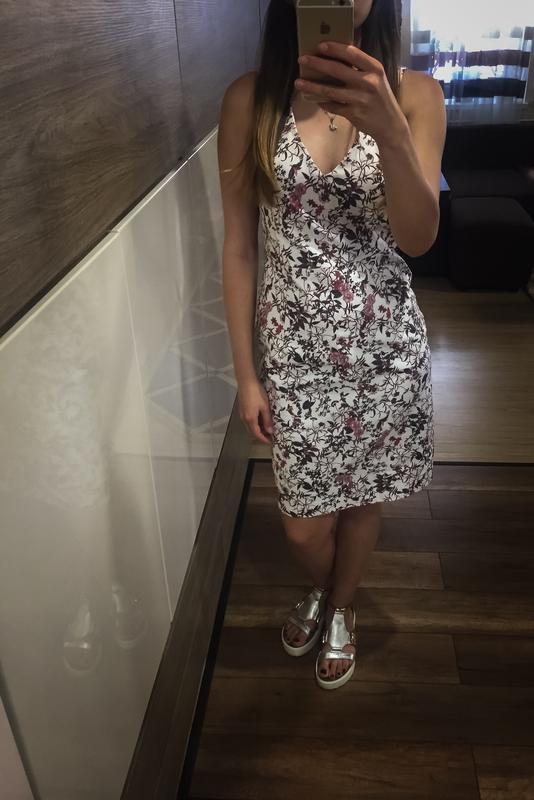 Фирменное платье new look New Look 93d63c8986af4