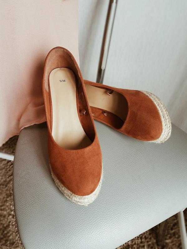 Дуже гарні і зручні туфлі на танкетці😍1 ... f5aae83f8d0c5