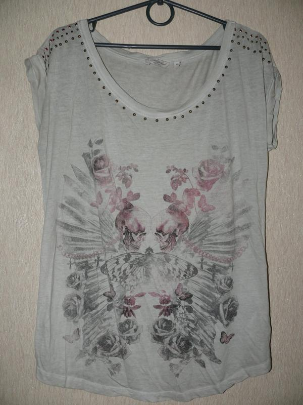 92ae1a8c23f19 Моднейшая футболка с камнями и заклепками, с крутым принтом New Look ...